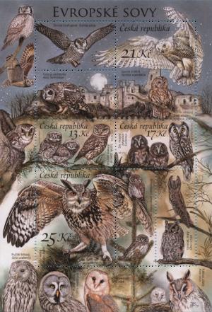 owls-l-300x441